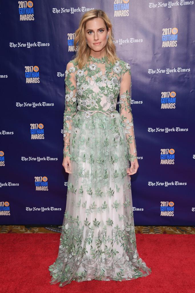 Allison Williams wears Giambattista Valli Haute Couture